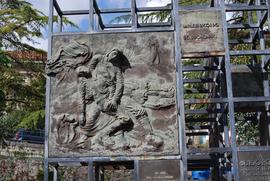 Felice Lovisco, Monumento alla pace, 1983, Barile (PZ)