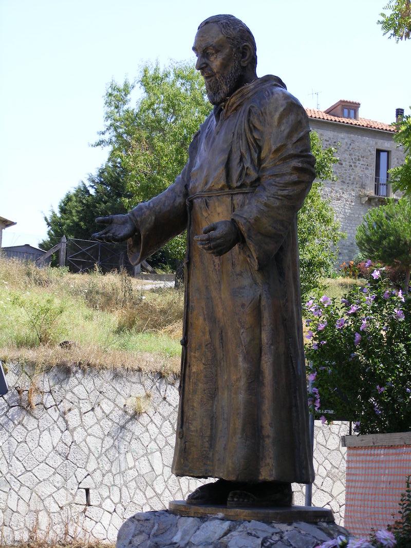 Felice_Lovisco_padre-Pio_santa-anna_Potenza_1