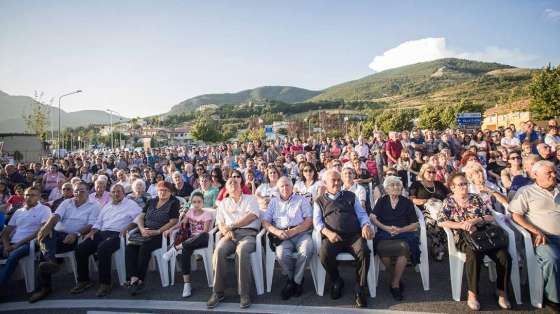 Inaugurazione-monumento_portatori_Viggiano_2